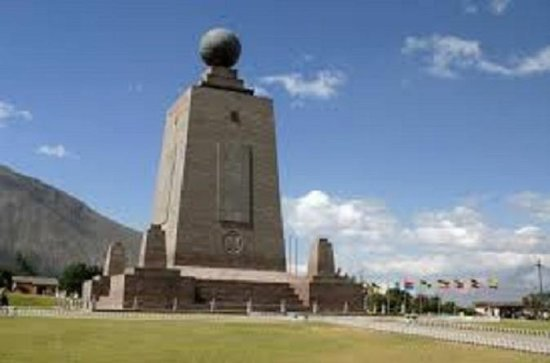 Mitad del Mundo and Teleferico Tour in Quito