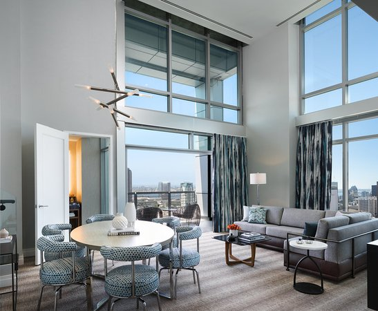 Skyline Penthouse Suite living room - Picture of Kimpton Hotel ...