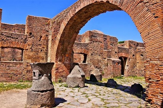 Small group tour Ostia Antica the...