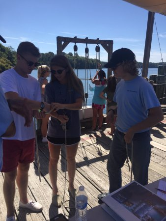 Saint Mary's City, MD: Learning to tie knots at Riverfest