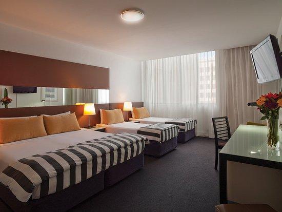 Vibe Hotel Sydney: room