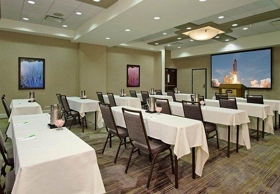 Courtyard Cocoa Beach Cape Canaveral: Galaxy Ballroom - Classroom Setup