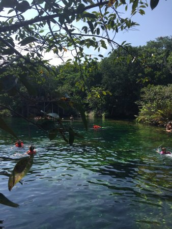 Yucatan, Meksiko: Awesome place, it's perfect for spending all day swimming, really quite and great landscape