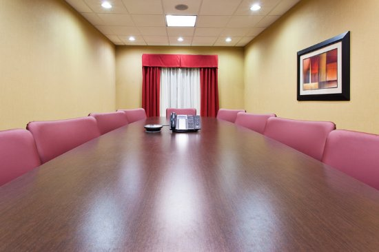 Holiday Inn Express & Suites Rome-East: Boardroom