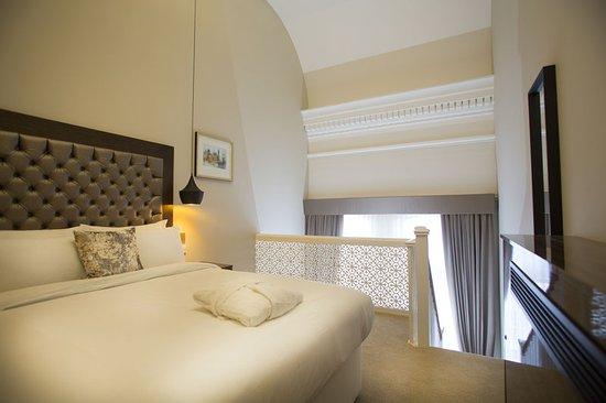 Lansbury Hotel London