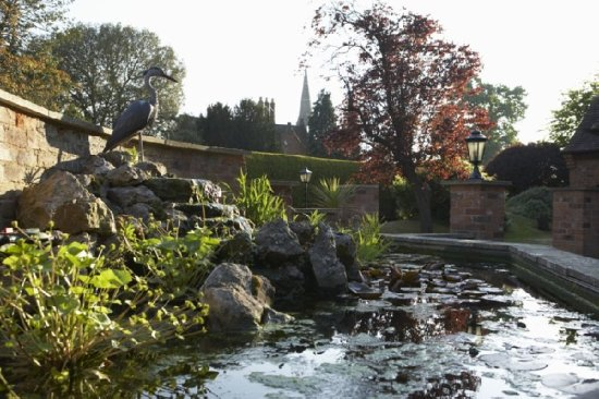 The Charlecote Pheasant Hotel: Gardens