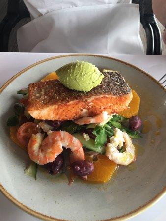 Latitude 30: Delicious seafood!