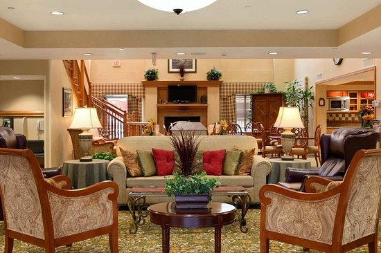 Homewood Suites Tallahassee: Hotel Lobby