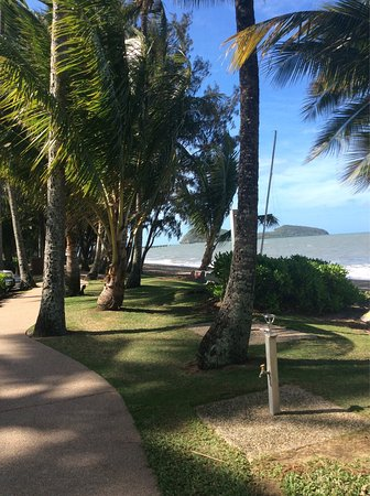 Palm Cove Holiday Park: photo1.jpg