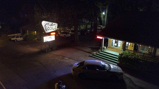 Cedar Lodge Motel: Aerial shot took with drone!