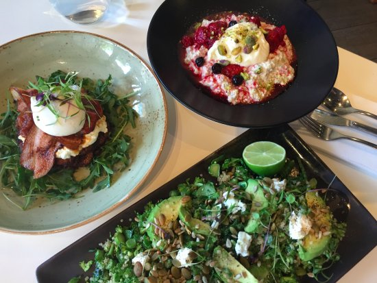 Surrey Hills, Australia: We have an all day menu, so breakfast at 7am or 2pm is no problem!