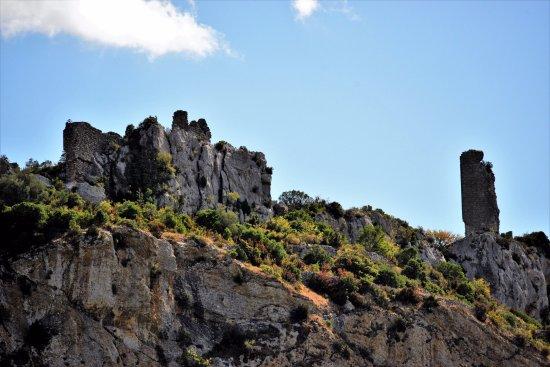 Le Silex: Les ruines du Château de Tautavel, vues de El Silex