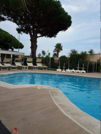 Hotel Les Santolines Sainte Maxime France Reviews Photos Price Comparison Tripadvisor