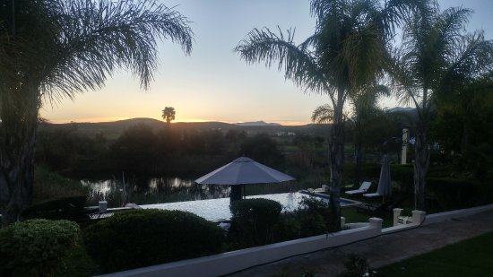 Rosendal Winery & Wellness Retreat: Sunset view