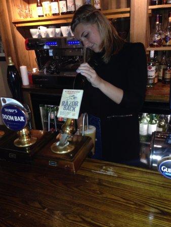 Copthorne, UK: Pouring a proper ale!
