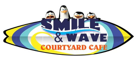 Betty's Bay, Afrika Selatan: Smile & Wave Courtyard Cafe