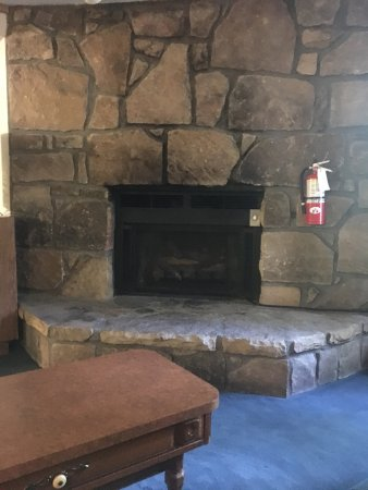Sidney James Mountain Lodge: photo1.jpg