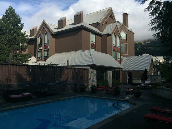 Adara Hotel: Area de la piscina