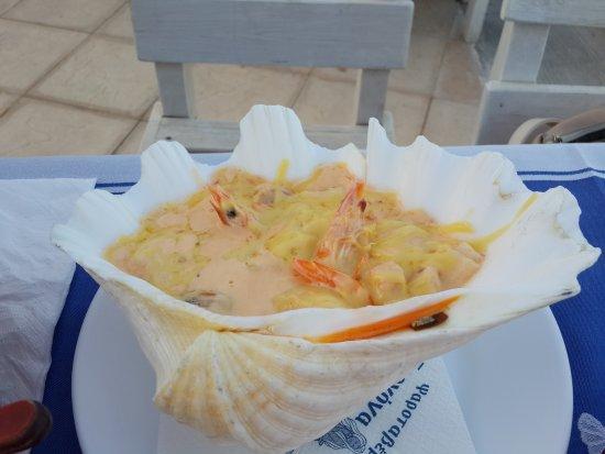 Gorgona: Морепродукты в сливочно-сырном соусе