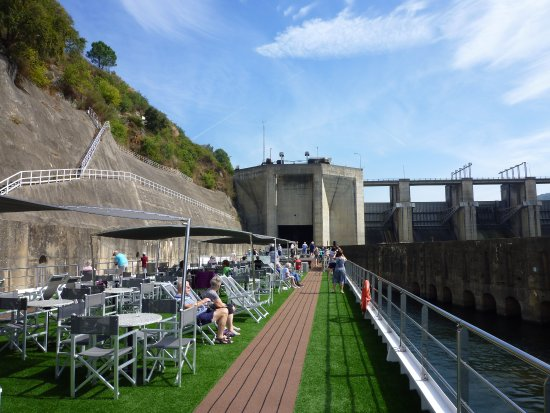 Douro River Cruises - Day Cruiuse : Europe's deepest lock
