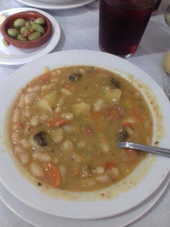 Restaurant Hostal Carlos: Potaje del dia
