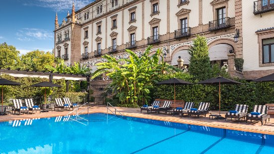 Swimming pool and gardens picture of hotel alfonso xiii - Swimming pool seville ...