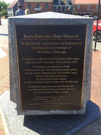 The Kunta Kinte - Alex Haley Memorial 사진