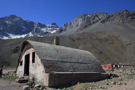 SnowTours: Workers houses