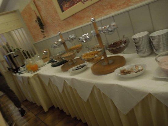 Oberau, Deutschland: colazione scarsa