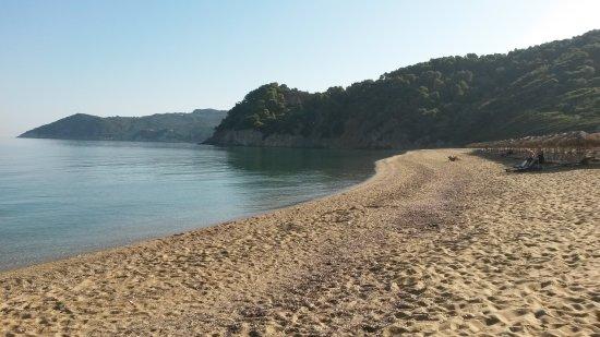 Megalos Aselinos Beach: 20170917_093833_large.jpg