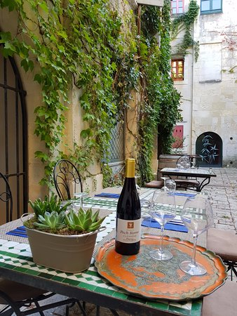 Le jardin de boheme nimes restaurantanmeldelser for Le jardin zen nimes