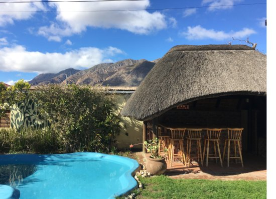 John Montagu Guest House: Beach & Lapa with the Langeberg Mountains in the background