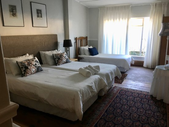 John Montagu Guest House : Room 143 Family