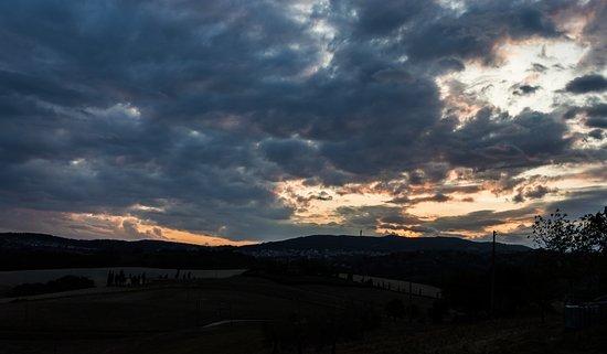 Podereilbiancospino: Sunset