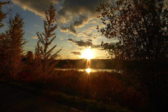 Ten Mile Lake Provincial Park: photo2.jpg