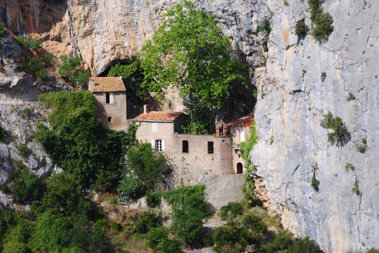 Gorges de Galamus: The l'hermitage is a very sacred and peaceful place.