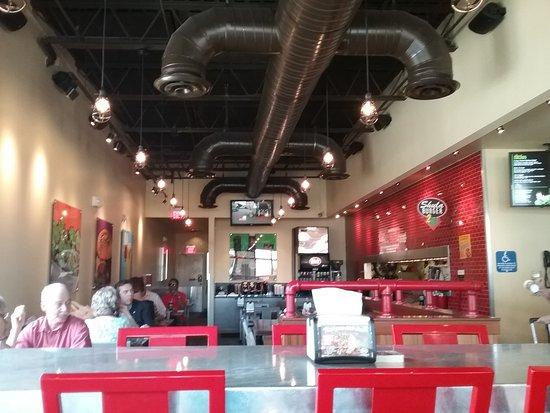 Shula Burger FTLD: Shula's FTL - dining area