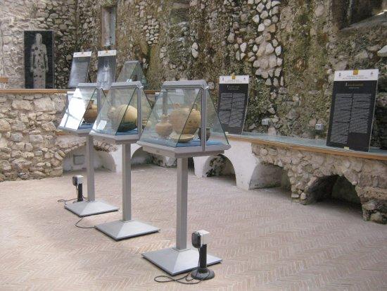Museo Archeologico Provinciale Dell'alta Valle Del Sele