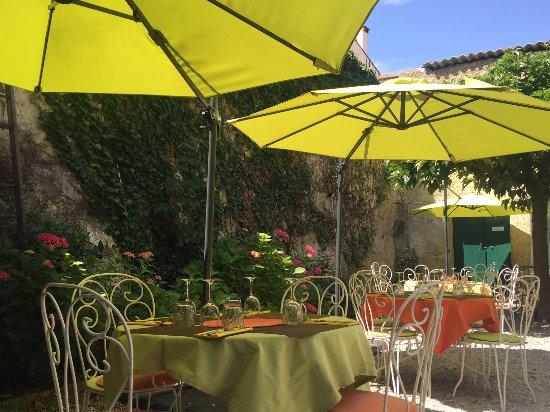Le Jardin Restaurant, Ceret - Restaurant Reviews, Photos ...