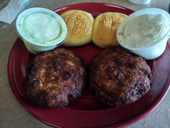 Crab cake plate served at Thompson's Seafood in La Plata, MD