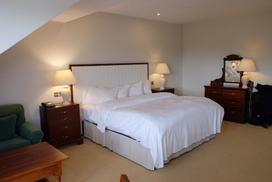 Dunraven Arms Hotel Resmi