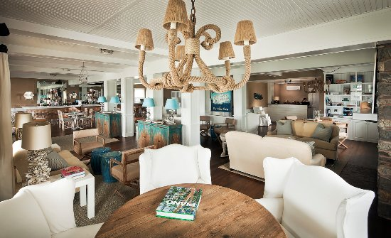 Dining and lobby at The Tides Beach Club