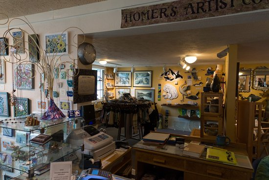Ptarmigan Arts: The main desk. Artists take turns staffing the store.