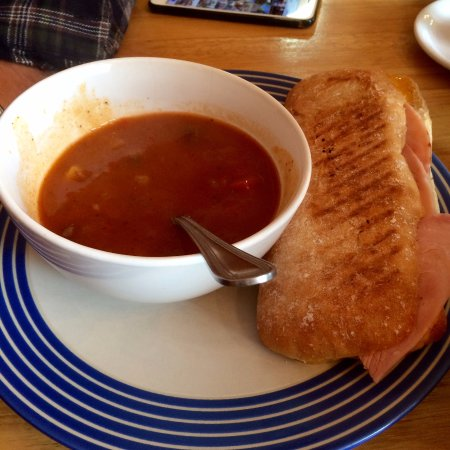 Waterfall Cafe: Soup of the day!