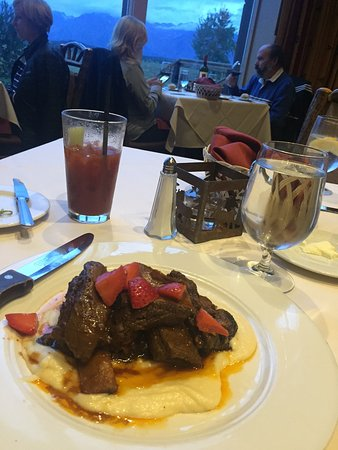 Jackson Lake Lodge Mural Room: Braised Elk Short Rib Dinner