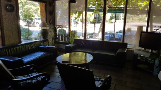 salon de d tente fotograf a de restaurante las truchas nu valos tripadvisor. Black Bedroom Furniture Sets. Home Design Ideas