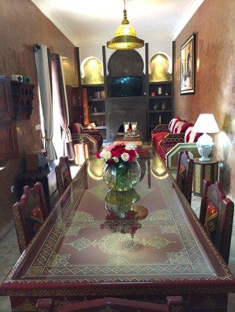 Riad limouna b b marrakech maroc voir les tarifs 237 for Salon zen rabat tarifs