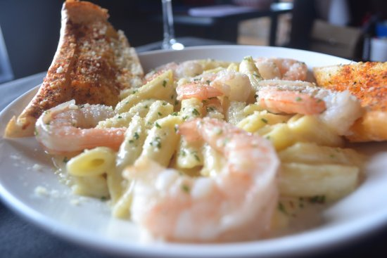 Milroy, Πενσυλβάνια: Shrimp Pasta Bowl . Enjoy $6 Pasta every Wednesday