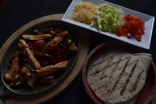 Milroy, Πενσυλβάνια: Fajita Dinner - Enjoy $10 Fajita's every Thursday
