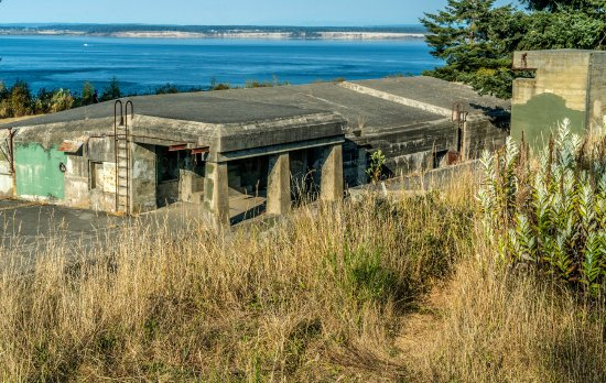 Fort Worden State Park: Battery on Artillery Hill.